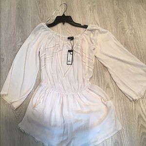 NWT Romeo and Juliet Couture Size M